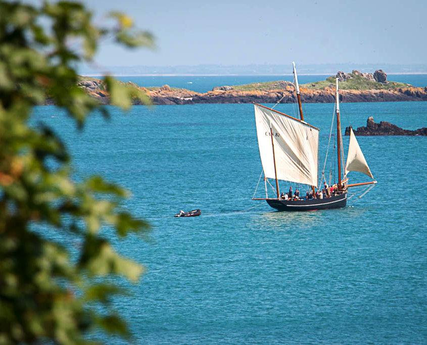 Balade sur un voilier vers les îles Chausey