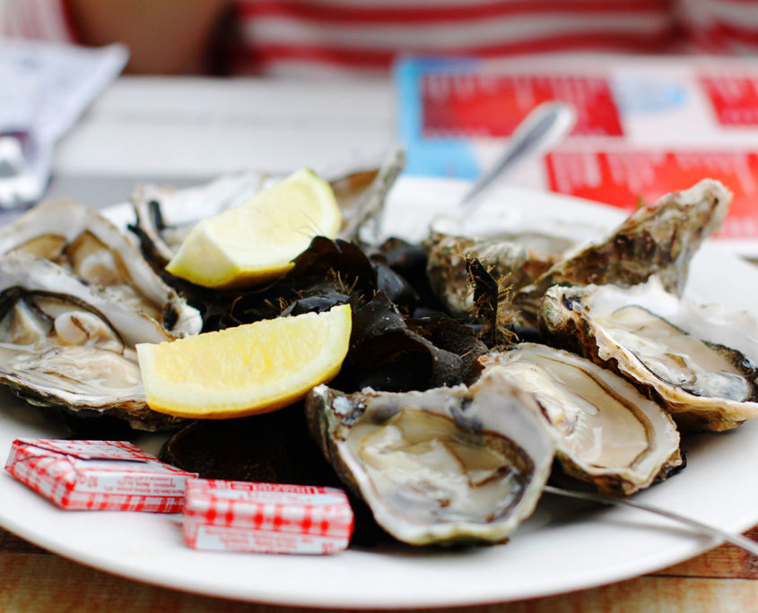 Dégustation d'huîtres àSaint-Malo