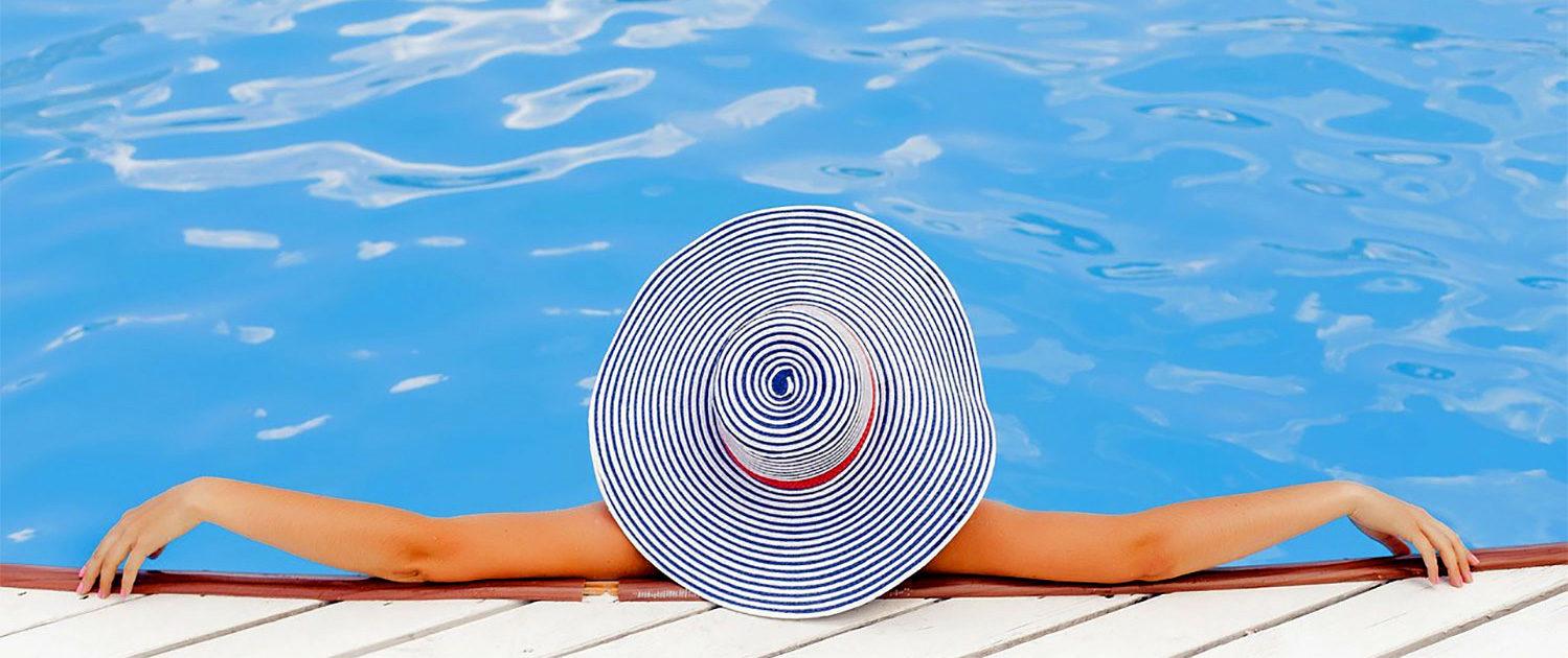Détente piscine et spa à Cancale