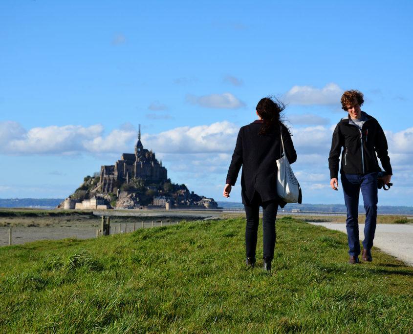 Balade en couple au Mont-Saint-Michel