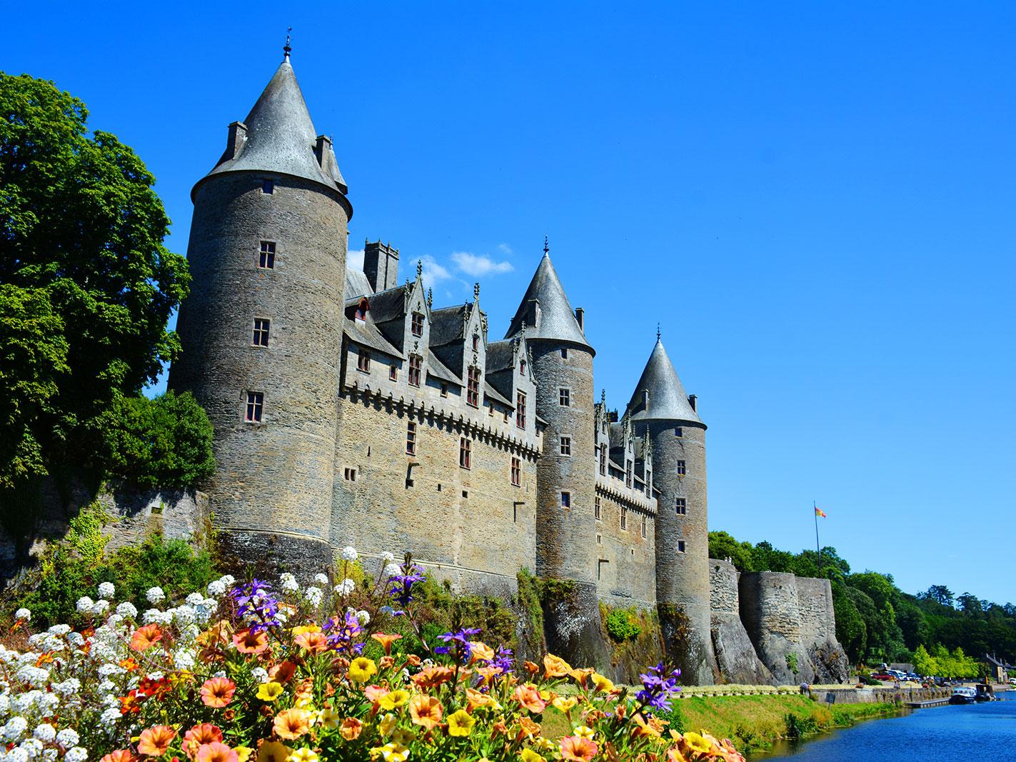 Le Château de Josselin vu du pont