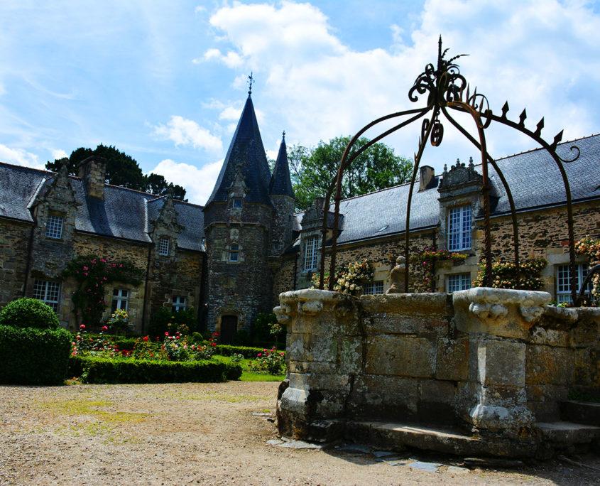 La place du Château de Rochefort-en-Terre