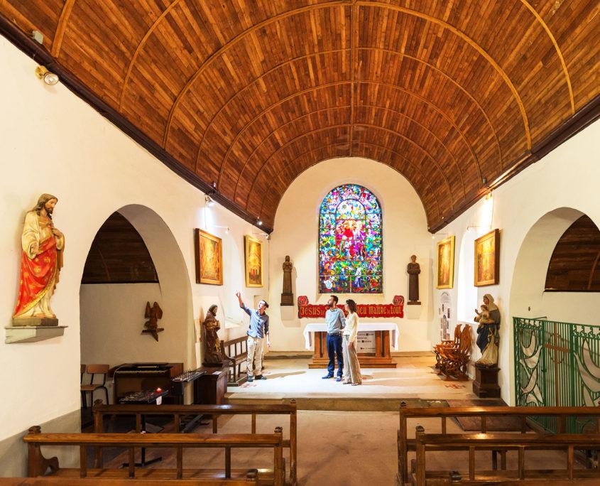 Visite guidée de l'église du Graal