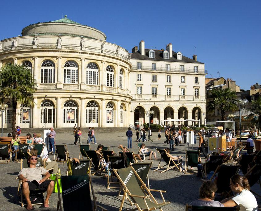 Place de l'hôtel de ville et de l'opéra à Rennes