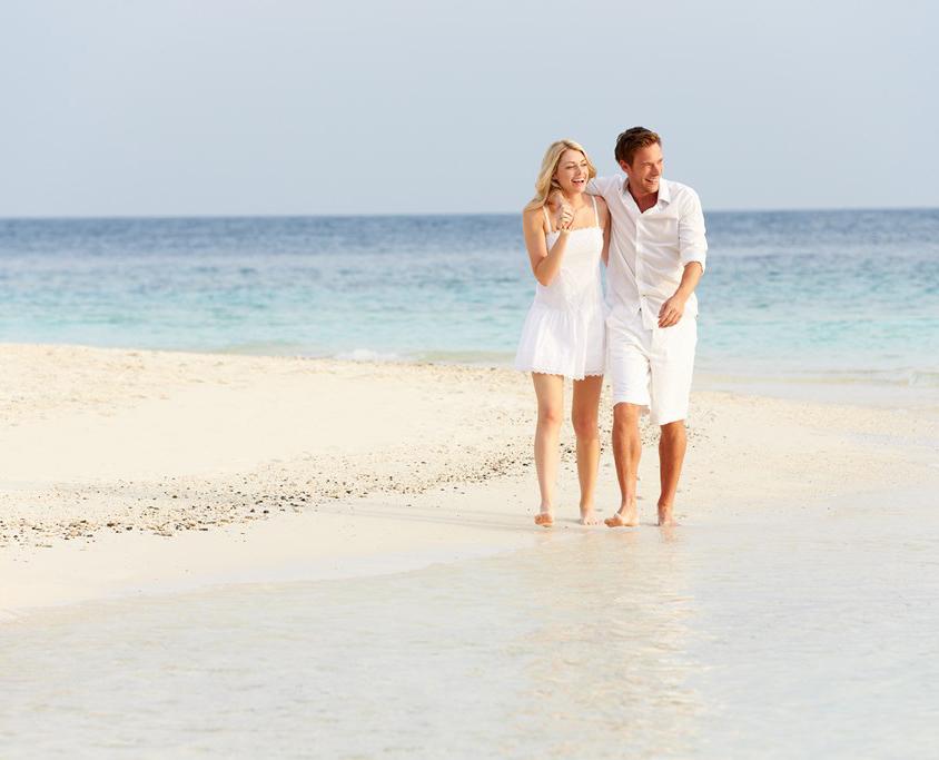 Balade romantique sur la plage