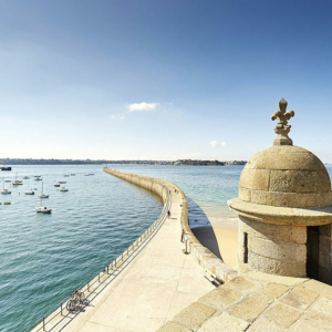 La jetée du grand mole à Saint-Malo