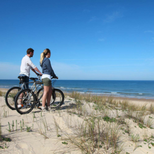 Balade à vélo sur les plages en baie du Mont-Saint-Michel